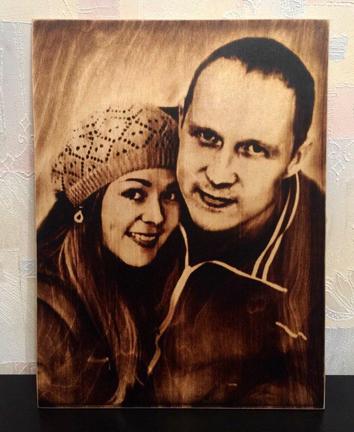 выжигание портретов по дереву на заказ в Саратове